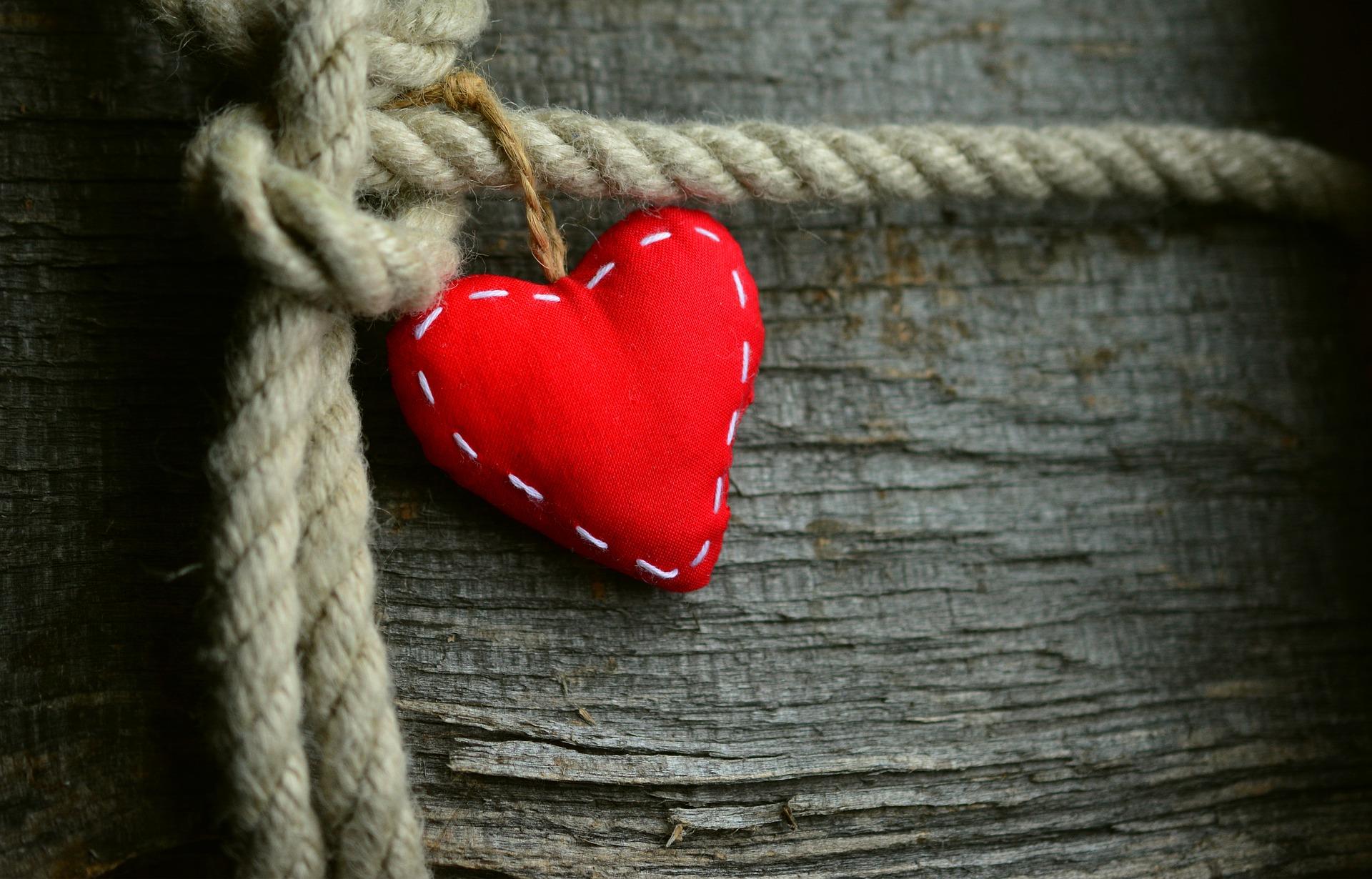 heart-3085515_1920
